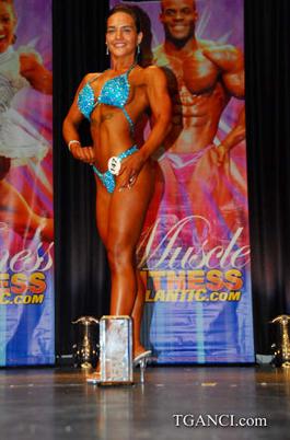 Figure Competitor Melissa Gogan